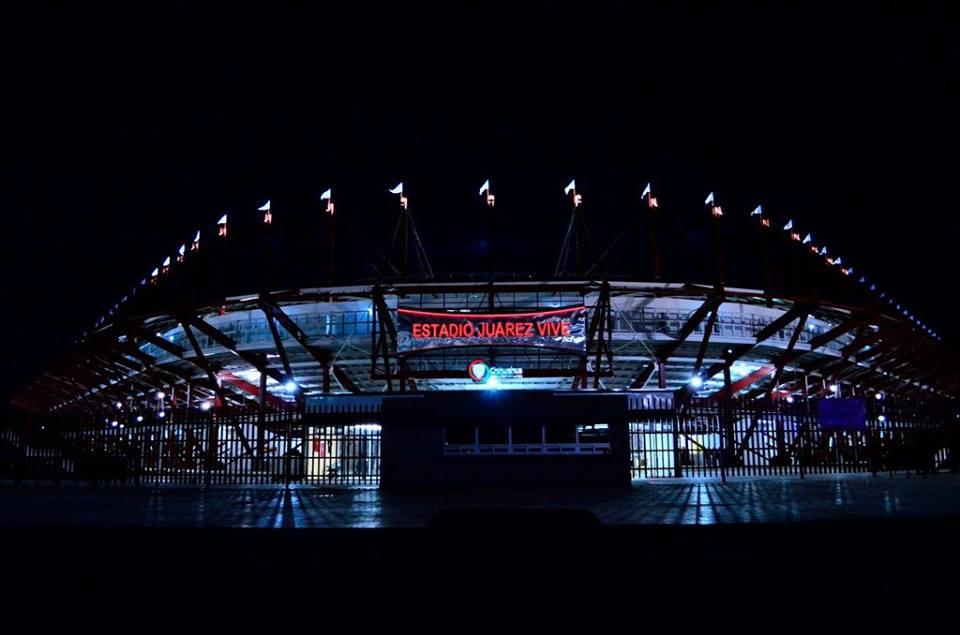 estadio-juarez-de-noche