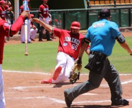 barrida jugador rojos jimenez 2017 beisbol chihuahua