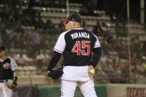 Guerreros de Oaxaca adquiere pitcher de Indios de Juárez